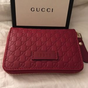 Brand New Gucci card case.